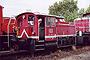 "O&K 26457 - Railion ""335 098-0"" 11.09.2004 - Magdeburg-Rothensee, BahnbetriebswerkSven Hoyer"