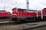 """O&K 26478 - DB Cargo """"333 669-0"""" 18.04.2003 - Rostock, Betriebshof Rostock-SeehafenPeter Wegner"""